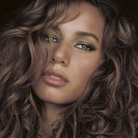 Leona Lewis Headshot