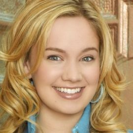 Tiffany Thornton Headshot