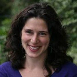 Rebecca Traister Headshot
