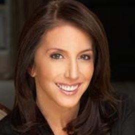Jennifer Gardner Trulson Headshot
