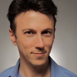 Daniel Kraft Headshot