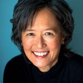 Ruth Ozeki Headshot