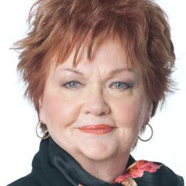 Suzie Humphreys Headshot