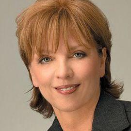 Nora Roberts  Headshot