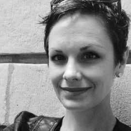 Heather Roff Headshot