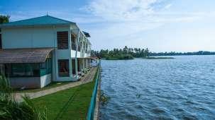Kadavil Lakeshore Resort, Alappuzha Alappuzha VIew Kadavil Lakeshore Resort5
